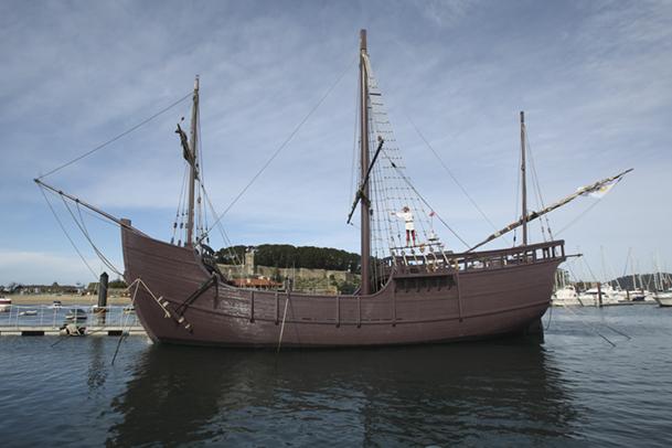 Réplica de la carabela La Pinta, convertida en Museo de la Navegación.