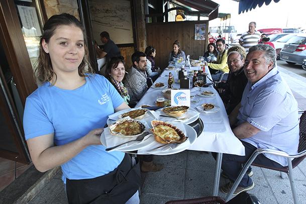 Brandada de bacalao, en concha de vieira, propuesta gastronómica de la taberna marinera Bodegón O Pescador.