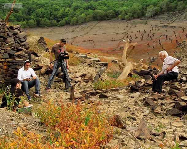 """Imagen del making of de """"Asolagados"""", en Porto. Fotografía cortesía de Coa auga ao pescozo."""