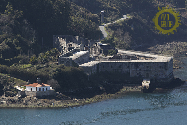 Castillo de A Palma, en el lado Norte de la boca de la ría de Ferrol.