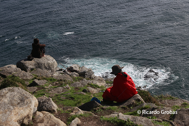 Peregrinos en Cabo Fisterra.