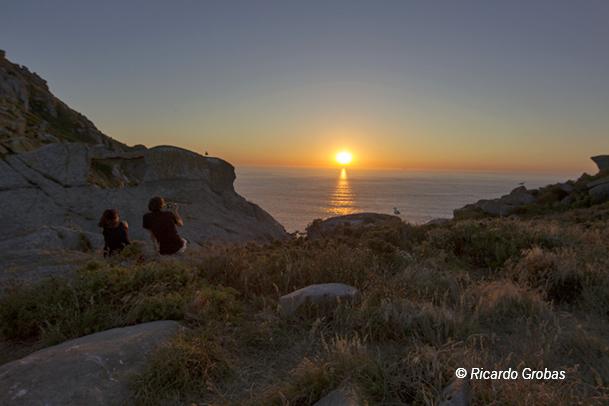 Puesta de sol desde la isla del Faro.