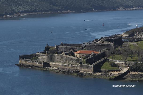 Castillo de San Felipe, a la entrada de la ría de Ferrol.