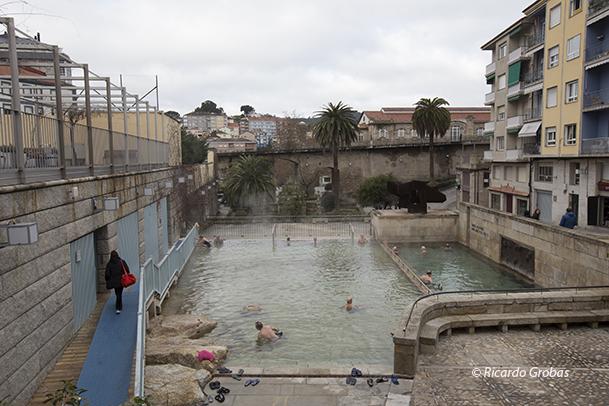 Termas de As Burgas, en el centro histórico.